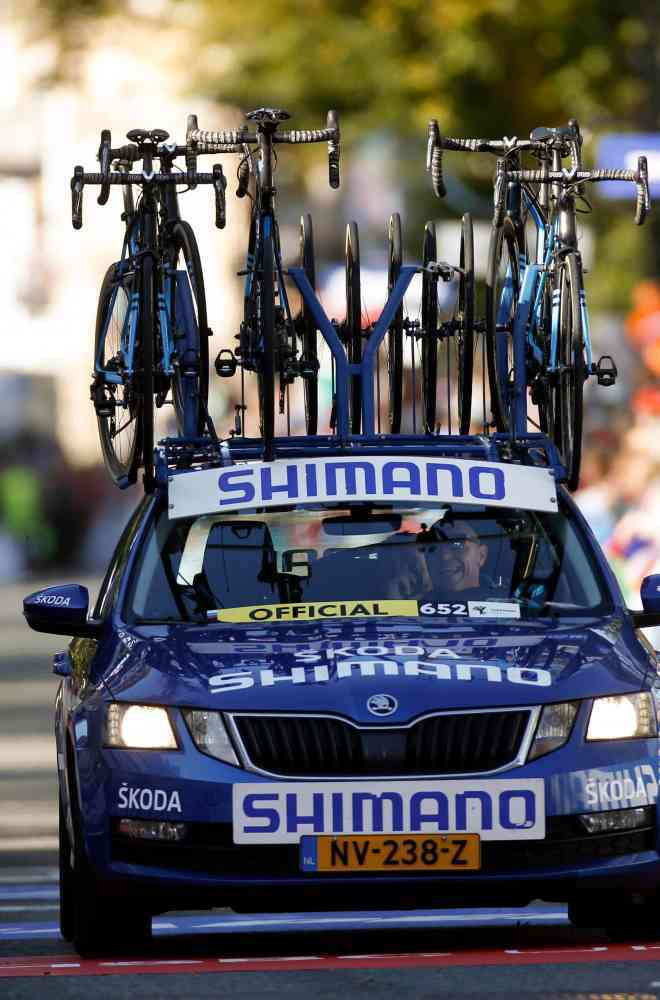 Shimano Blue for neutral support at Tour de France image