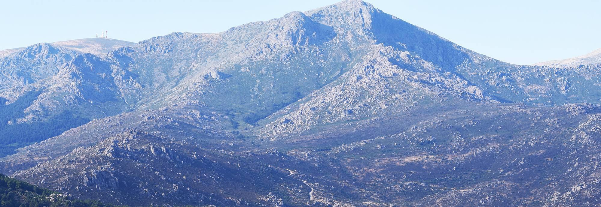 Header: Becerril de la Sierra
